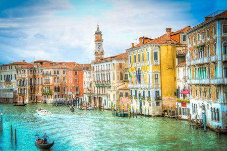 除了买房,移民意大利还需要满足哪些条件?